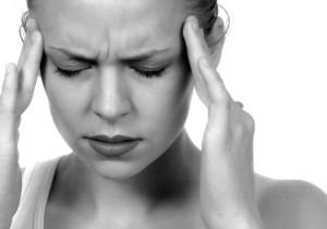 Mal di testa cronico, cosa mangiare per evitarlo