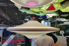 Installare i soffitti tesi nei centri commerciali